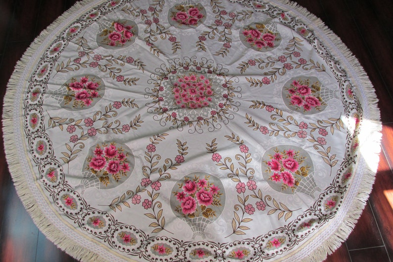Vintage Round Pink Floral Lace Fringe Table Cloth Big Ornate Table Cloth with Lace Trim Vintage Kitchen Decor 70 Inch Round Tablecloth