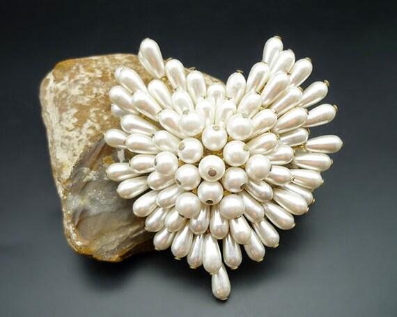 Vintage Pearl Cluster Heart Brooch, Pearl Brooch,… - image 3