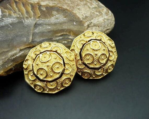 Vintage Crown Trifari Gold Button Clip Earrings, T