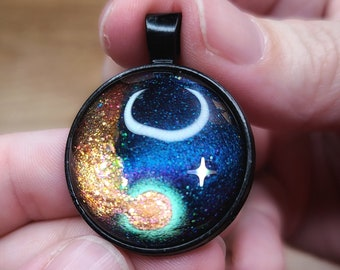 LIMITED EDITION Starscape Pendant Hand-painted Glass Space Jewelry MAGNETIC Purple /& Gold Circle