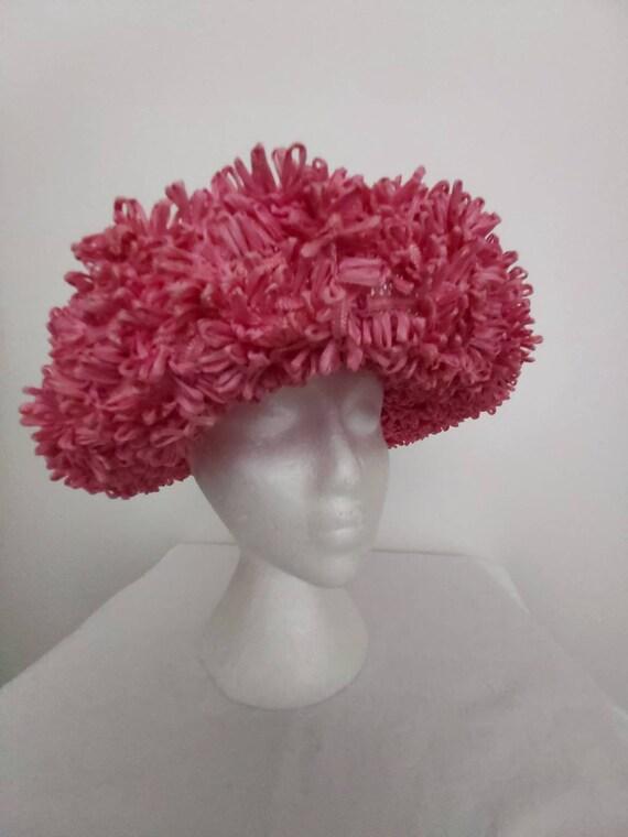 Vintage Hordens pink straw hat