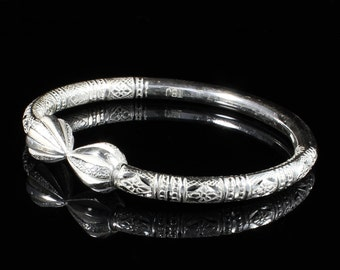 4c061a4acf5 Thick Handmade West Indian Bangle with Cocoa Pod in Sterling Silver .925  Bamboo pattern 230 guage