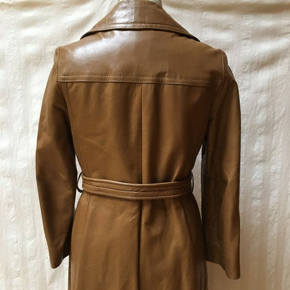 Vintage 1970s Women's Leather Trench Coat - High … - image 6