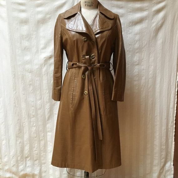 Vintage 1970s Women's Leather Trench Coat - High … - image 1