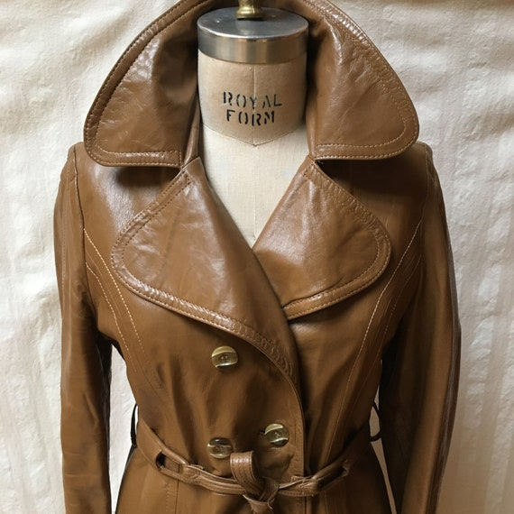 Vintage 1970s Women's Leather Trench Coat - High … - image 7