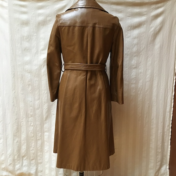 Vintage 1970s Women's Leather Trench Coat - High … - image 3