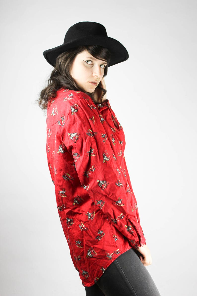Vintage Red Blouse Western Cowboy Rodeo Shirt Colorful Horses Horseman Pattern Unisex Cute Grunge Alternative Mod Hippie Summer 80s 90s