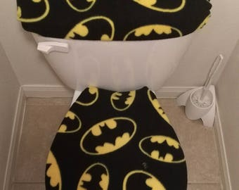 Batman Large Logo/Symbol Fleece Fabric Toilet Seat Cover Set Bathroom  Accessories (2PC)