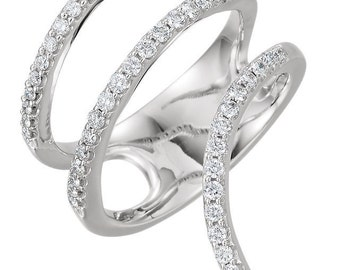 Gorgeous 14 Karat Rose 0.50 Carat Diamond Ring.