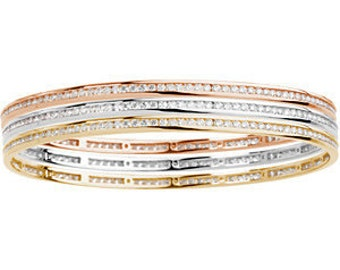 Gorgeous 14 Karat White, Rose Or Yellow Gold 2.25 Carats Diamond Stackable Bangle Bracelet