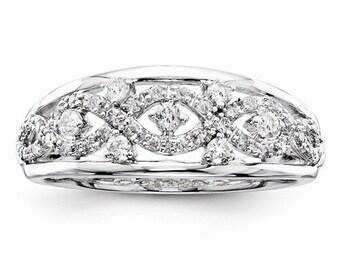 Beautiful 14k White Gold Diamond Wedding Ring