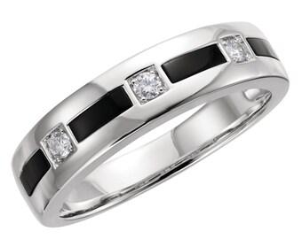Stunning 14 Karat Gold Onyx & 1/6 Carat Diamond 6mm Wedding Band Ring