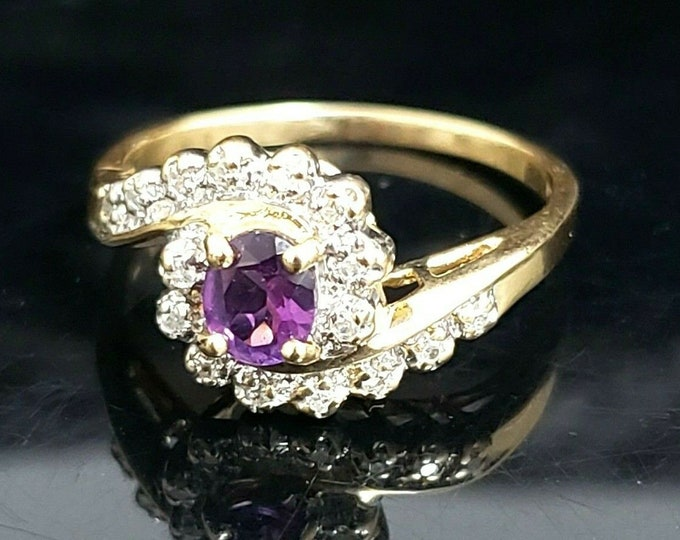 Gorgeous Vintage 14 Karat Yellow Gold 1/2 CTW Oval Amethyst & Diamond Ring #VR64
