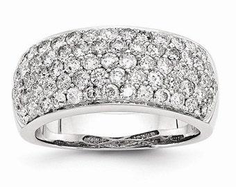 Gorgeous 14k White Gold Diamond Fancy Ring