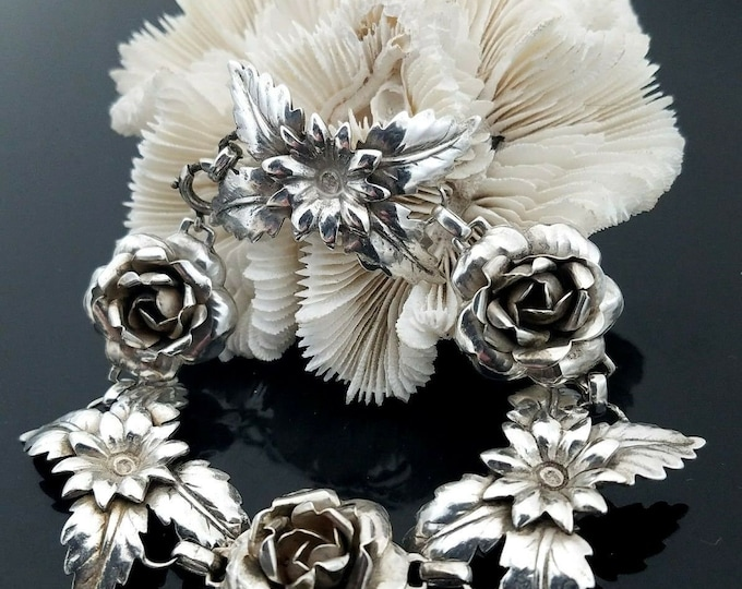 "Vintage Mid-Century Handmade 925 Sterling Silver Flower 7.5"" Bracelet."