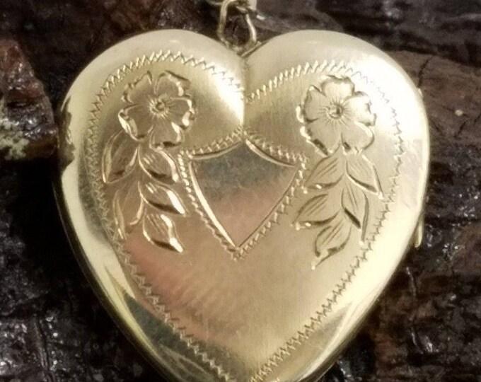 "10 Karat Yellow Gold 24.50mm Floral Engraved Heart Locket Pendant W/18"" Chain"