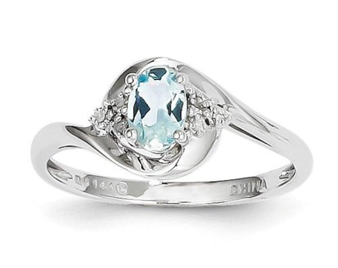14k White Gold Aquamarine Diamond Ring