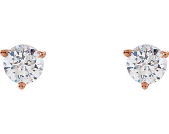 Beautiful Martini Setting 14 Karat White, Rose or Yellow Gold SI2-SI3 G-H 3/4 CTW Diamond Stud Earrings.
