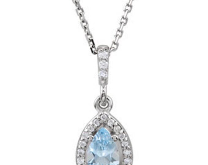 "Stunning 14 Karat White Gold Aquamarine & .07 CTW Diamond 18"" inch Necklace"