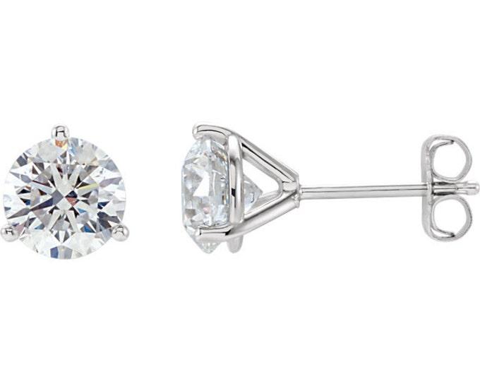 Beautiful Martini Setting 14 Karat White, Rose or Yellow Gold SI2 G-H 2.00 CTW Diamond Stud Earrings.