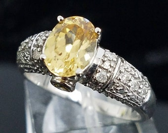 Beautiful 14 Karat White Gold 2.00 Carat Yellow Tourmaline And Yellow & White Diamond Ring #LKM237