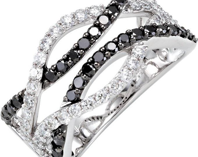 Stunning 14 Karat White Gold 1.00 Carat Black & White Diamond Interlocking Ring