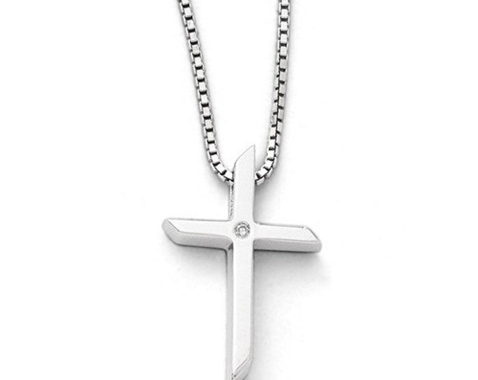 """Beautiful 925 Sterling Silver .0100ct. Diamond Cross Pendant and 18"""" Necklace."""