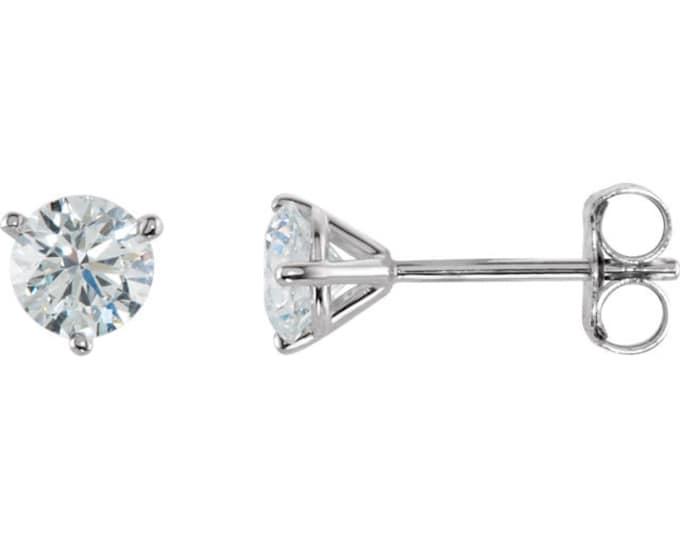 Beautiful Martini Setting 14 Karat White, Rose or Yellow Gold SI2-SI3 G-H 1.00 CTW Diamond Stud Earrings.