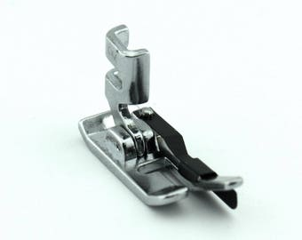 """1/4"""" Foot With Guide For Singer 221 Featherweight Sewing Machines"""