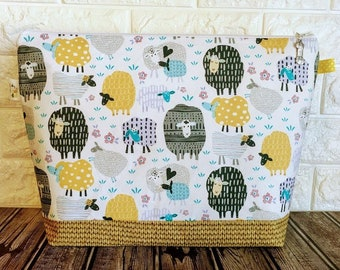 Fun Sheep Project Bag / Large - Sweater Size