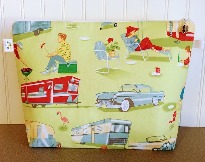 Featured listing image: Knitting Bag featuring Vintage Campers / holds 2-3 yarn skeins