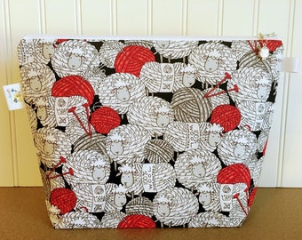 Knitting Project Bag with Sheep Yarn Balls / Medium Size