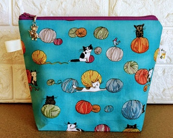 Cats chasing yarn Knitting Project Bag - Small / Sock Size