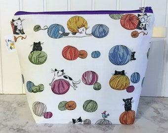 Cats chasing yarn Knitting Project Bag - Small / Sock Size