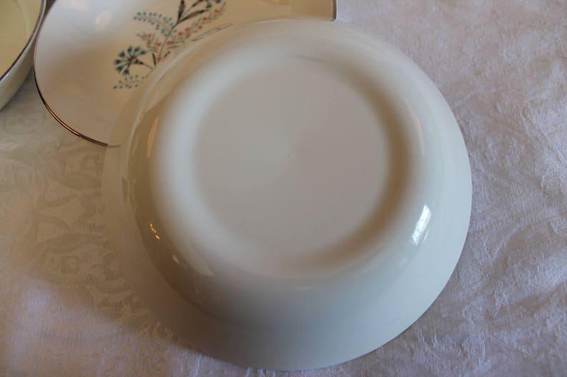 Lot de 7 Taylor Smith Taylor polyvalent 6.5 soupe ou bols à céréales - baccalauréat bleu Aqua boutons motif avec jante platine