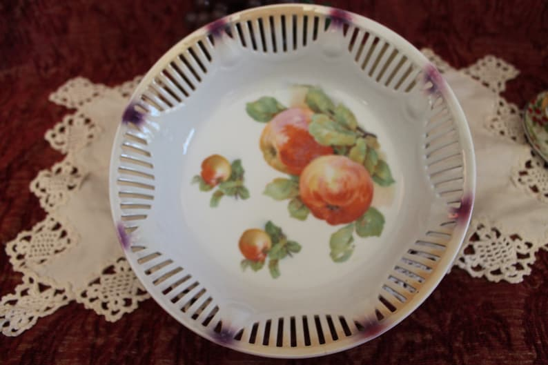 Vintage Schumann German Porcelain Reticulated 9 Bowl Adorned With Red Apples