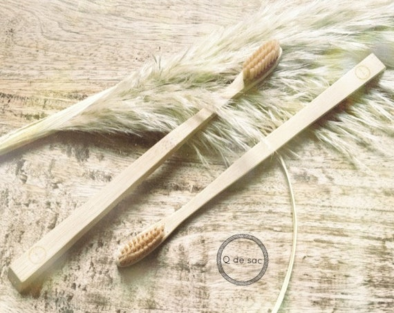 Bamboo toothbrushes 100% compostable (pack size)