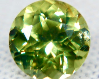 Sapphire green  gemstone pair faceted 2.5mm round Songea accent stones