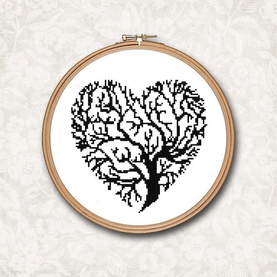 Árbol de silueta de blanco y negro en forma de corazón contó   Etsy