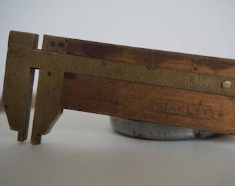 Stanley No. 136 Caliper Ruler