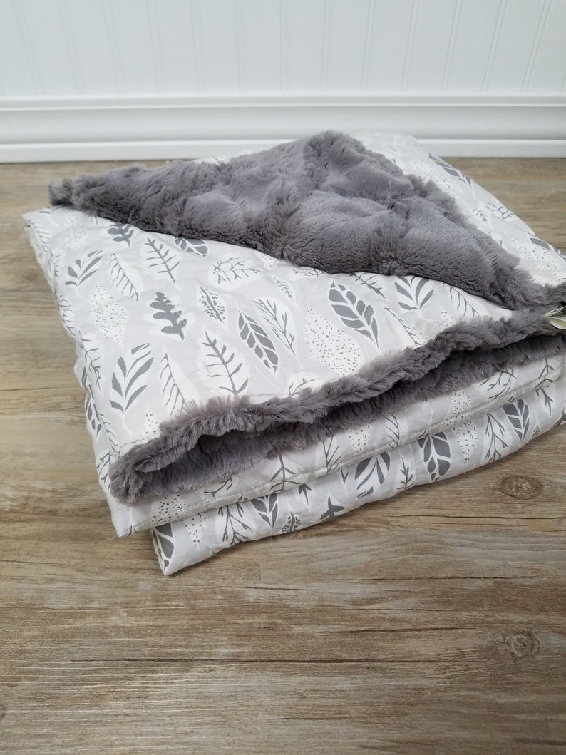 Weighted Blanket Twin Leaves Glass Filled image 0