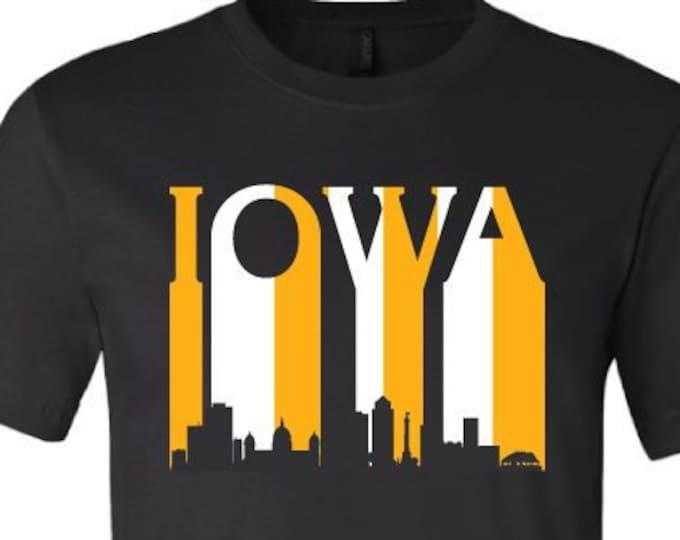 Iowa Skyline - T-Shirt