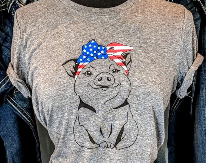 Cute Pig with Bandanna - Short Sleeve Crew Tee
