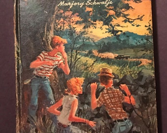 Mystery at Redtop Hill by Marjory Schwalje illustrated by Charles Geer 1965 vintage hardcover book Whitman Publishing