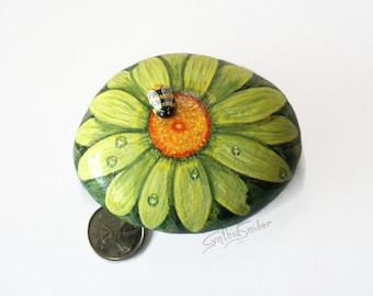 Painted green daisy, painted flower stone, gerbera daisy, bumble bee, flower painted rock, daisy rock , garden decor, green flower stone