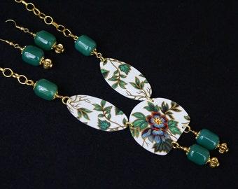 Vintage tin necklace