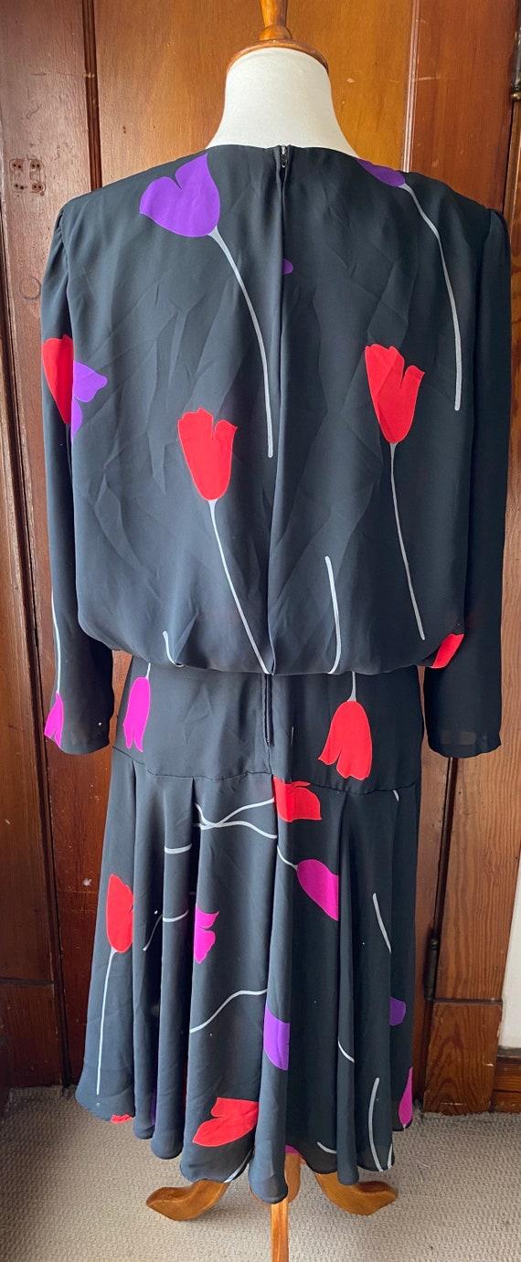 1980's Tulip Print Drop Waist Dress - image 7