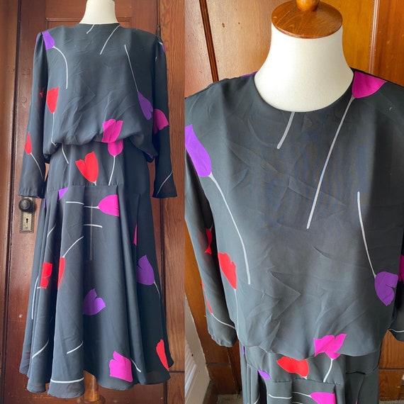 1980's Tulip Print Drop Waist Dress - image 1