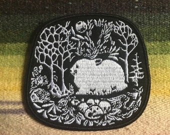 round bunny embroidered patch