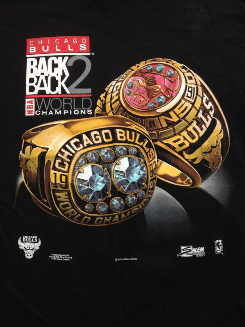 fbe336978a01 Vintage 90s CHICAGO BULLS 91 92 back to back Nba Champions tee